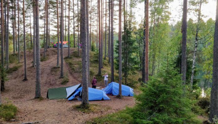 Melkutin teltat_wp